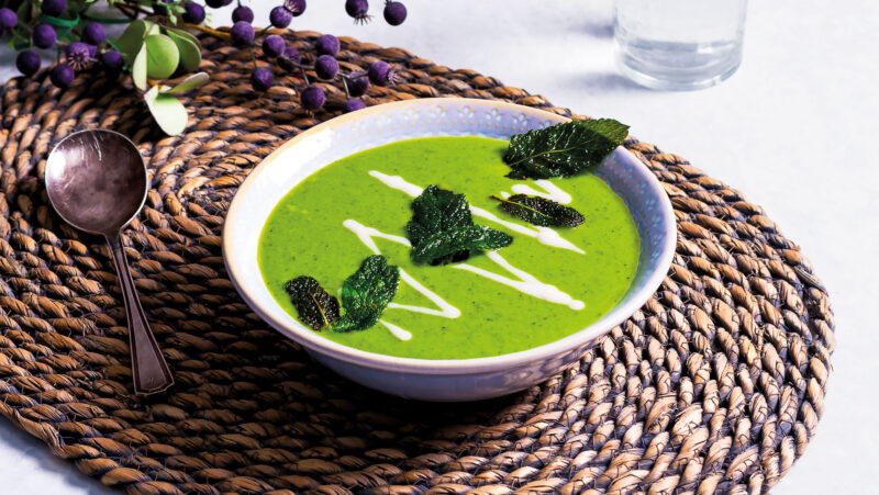 Pea, Spinach and Mint Soup