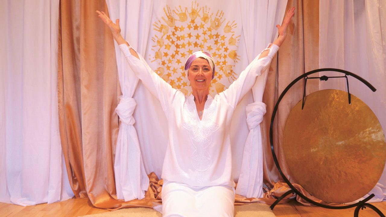 Best online yoga - Divine Yoga