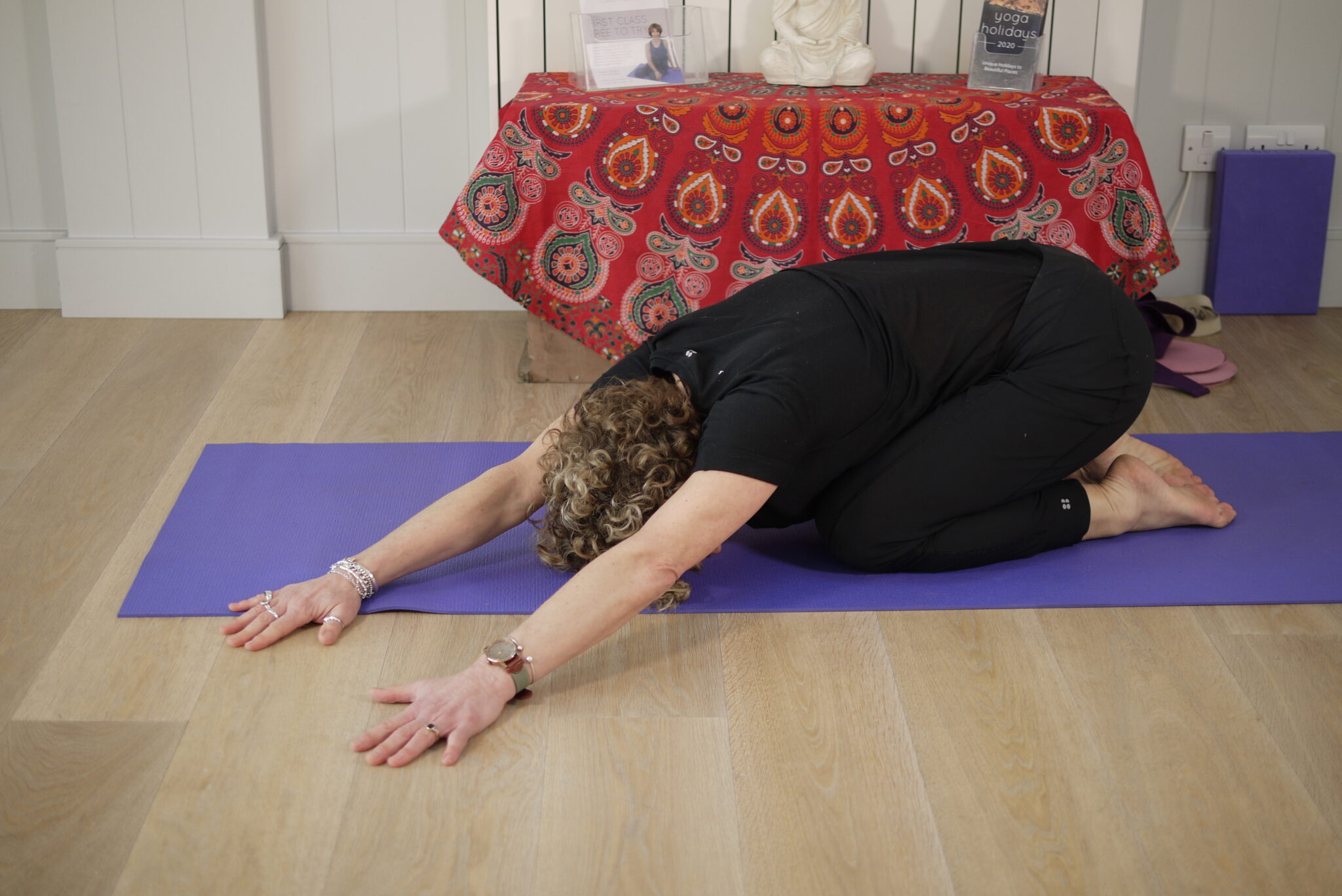 Lateral Stretch From Extended Child Pose