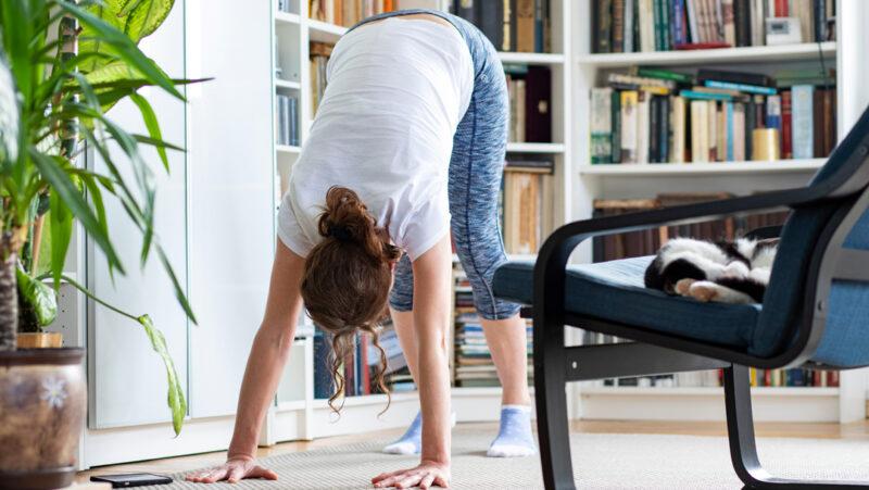 10 reasons I love home yoga