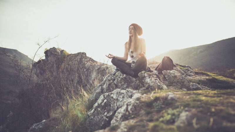 4 simple meditations to feel a part of nature