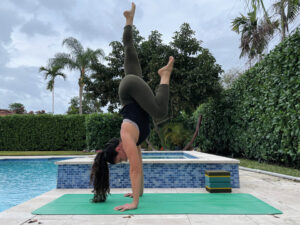 5 drills for hand-stand foundations