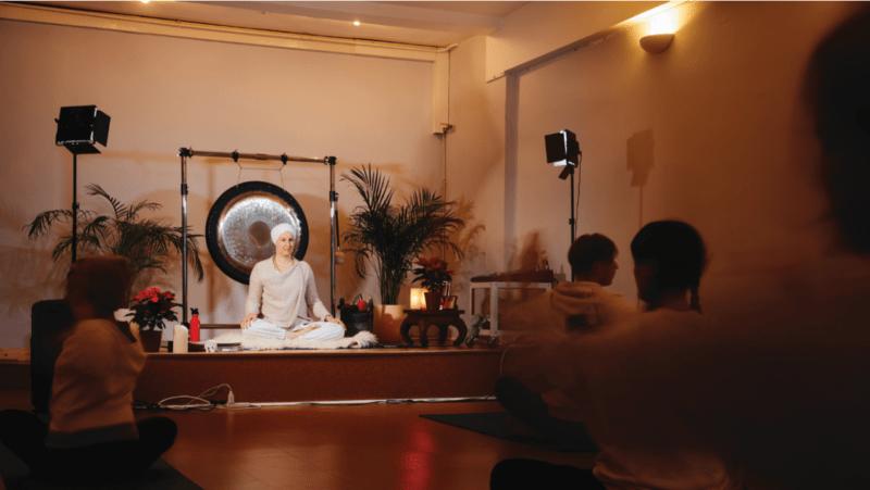Being a Kundalini Yoga teacher