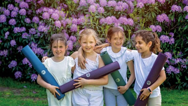 tips for teaching yoga to children