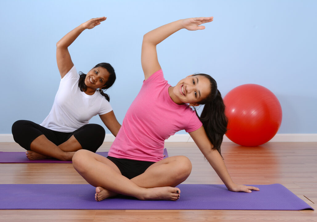 4 ways yoga can help your teenager thrive