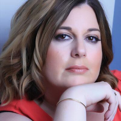Joanna Benn (33)